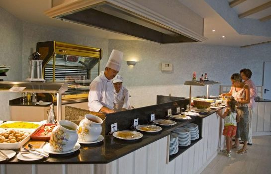 Sala de desayuno Gran Castillo Tagoro Family & Fun Playa Blanca -  All Inclusive Playa Blanca