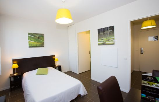 Double room (standard) All Suites Appart Hôtel Pau