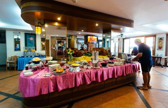 Breakfast buffet Thipurai Beach Hotel