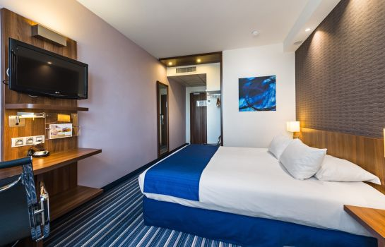 Chambre double (standard) Golden Tulip Marseille Airport (ex Holiday Inn Express)