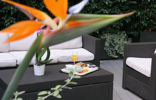 Terrasse Anba Boutique