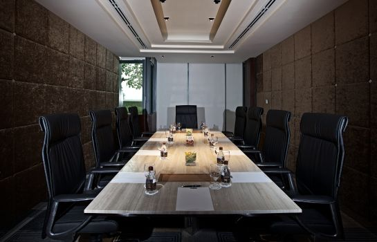 Meeting room G Tower Hotel