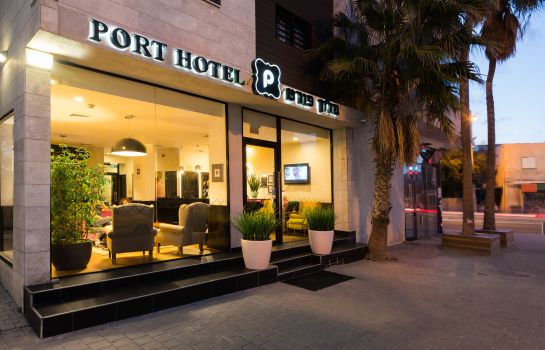 Picture Port Hotel
