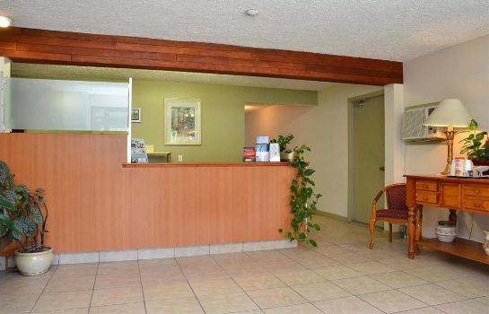 Hall Canadas Best Value Inn