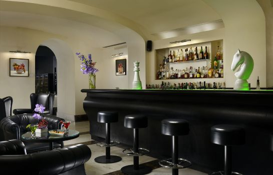 Hotel bar THE FIRST Luxury Art Hotel Roma