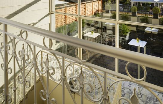 Vista all'interno THE FIRST Luxury Art Hotel Roma