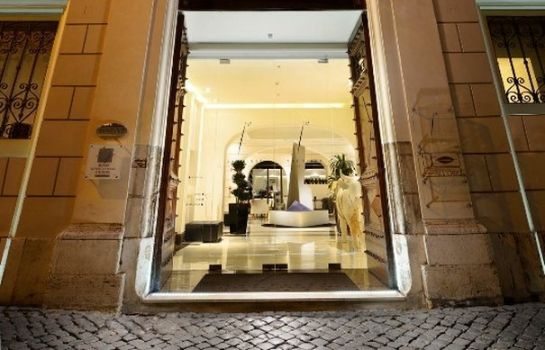 Info THE FIRST Luxury Art Hotel Roma