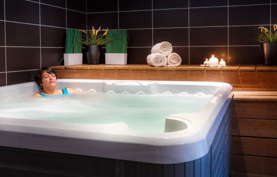 Whirlpool Best Western Garden & Spa