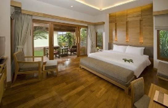 Suite Thai House Beach Resort