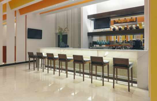 Bar del hotel Holiday Inn BOGOTA AIRPORT