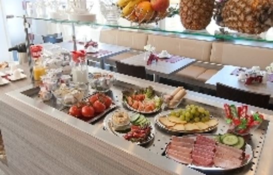 Breakfast buffet Aristo
