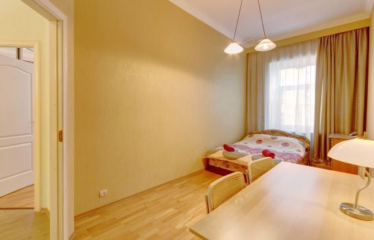 Four-bed room STN Apartments Near the Hermitage
