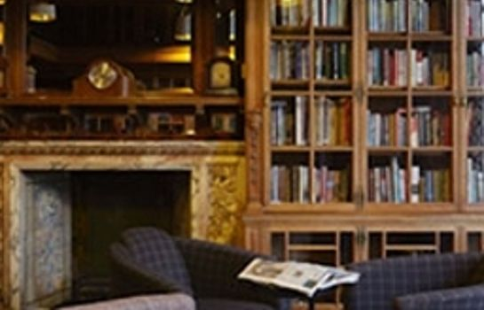 Reading room B+B Edinburgh