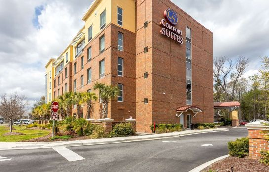 Buitenaanzicht Comfort Suites West of the Ashley