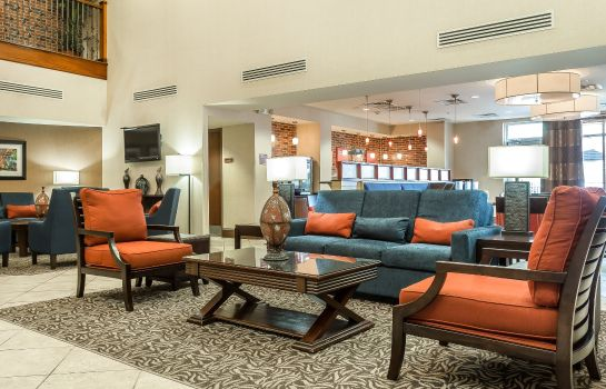 Lobby COMFORT SUITES WEST OF THE ASHLEY COMFORT SUITES WEST OF THE ASHLEY