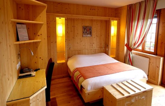 Double room (superior) Touring-Hotel Le clos des sources Logis