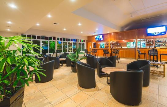 Hotel bar Cairns Colonial Club Resort