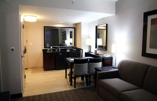 Suite Embassy Suites by Hilton Ontario Airport