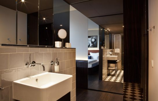 Badezimmer MANI by AMANO Group