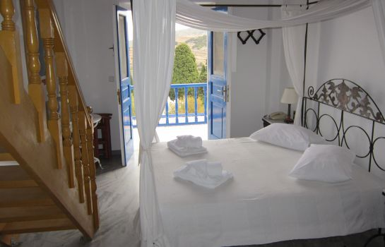 Suite Lefkes Village