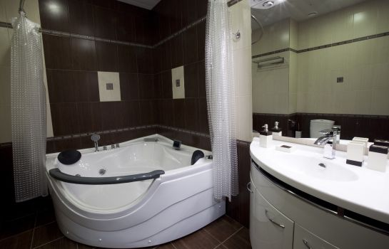 Bathroom Polaris Hotel