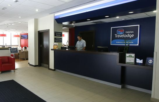 Recepcja Travelodge Valencia Aeropuerto