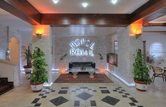 Hall Hotel Royal