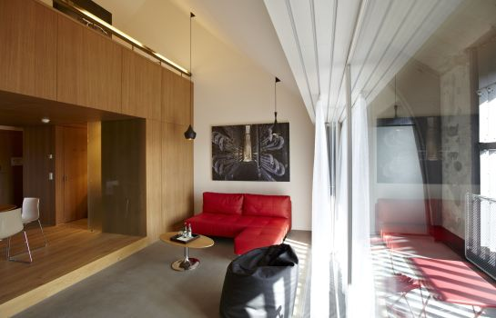 Suite B2 Boutique Hotel + Spa