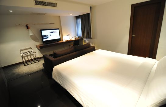 Junior suite S33 Sukhumvit Hotel