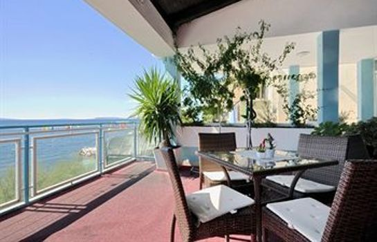 Hol hotelowy Beachfront Apartmants Zanic