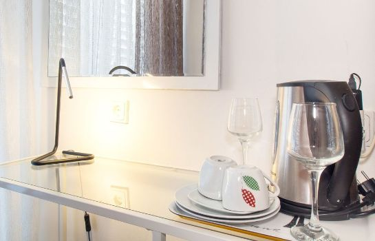Informacja Beachfront Apartmants Zanic