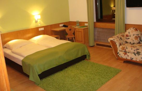 Camera a tre letti Smart-Inn