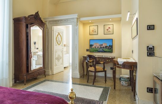 Junior Suite Villa Signorini Events & Hotel