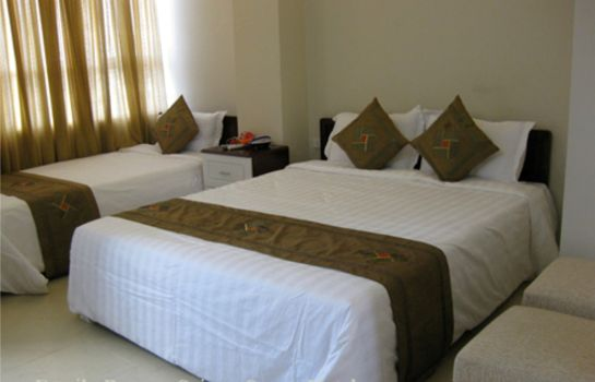 Triple room Mayank Residency Airport Hotel