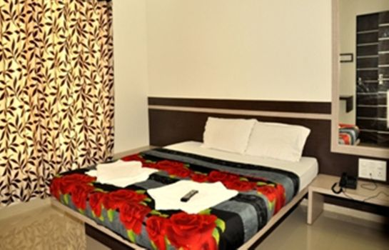 Single room (standard) Mayank Residency Airport Hotel