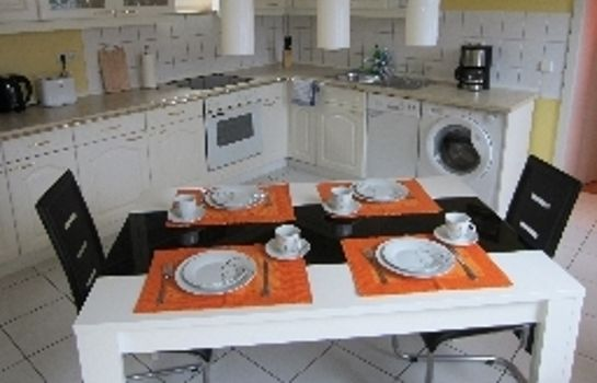 Cucina in camera Apartment Erfordia