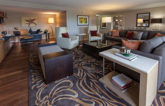 Suite Doubletree by Hilton Pittsburgh Greentree