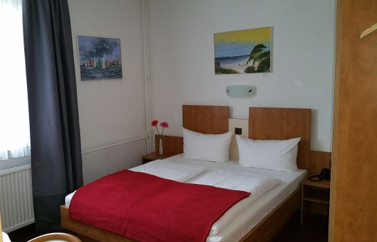 Chambre double (standard) City Hotel-Journal