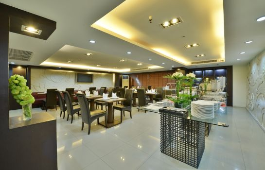 Restaurant Abloom Exclusive Serviced Apartment