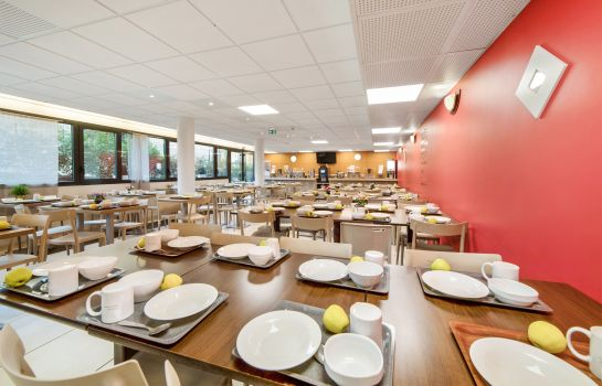 Breakfast room Appart'City Versailles St Cyr l'Ecole