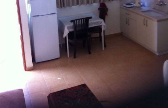Kitchen in room Arbel Guest House Shavit Family