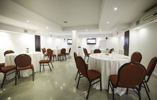 Congressen Ker Urquiza Hotel and Suites