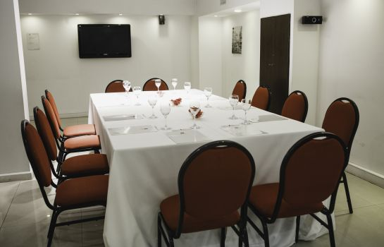 Vergaderkamer Ker Urquiza Hotel and Suites