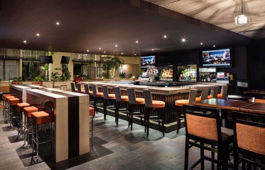 Hotel-Bar DoubleTree by Hilton Denver Tech Center