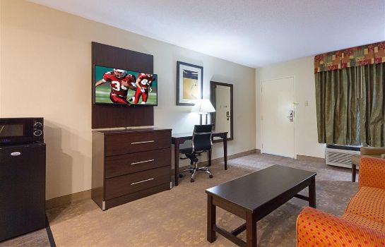 Suite Red Roof Suites Addison