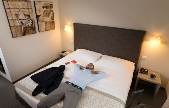 Doppelzimmer Standard DB Hotel Verona Airport And Congress