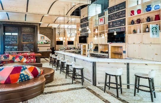 Bar hotelowy TRYP by Wyndham New York City Times Squa