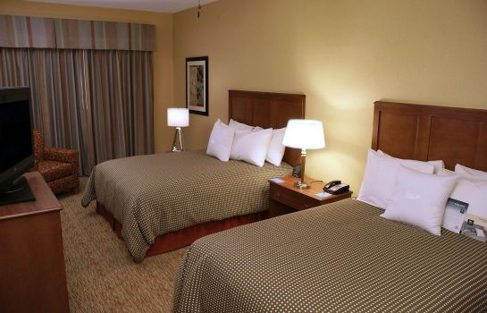 Zimmer Homewood Suites by Hilton Phoenix Airport South