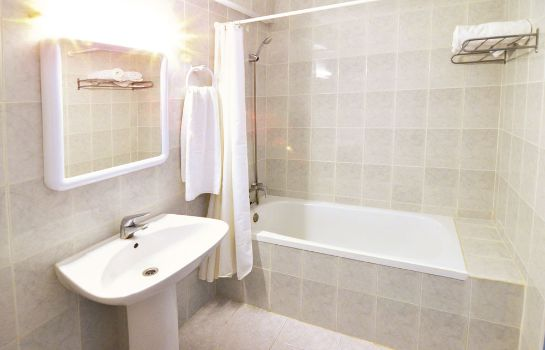Bagno in camera Hotel Apartamentos Central City - Adults Only