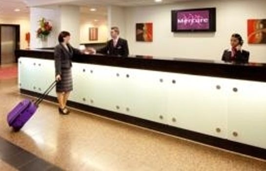Reception Mercure Manchester Piccadilly Hotel